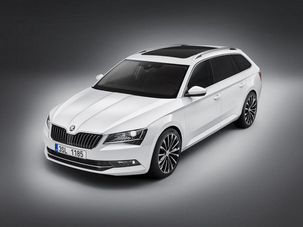 Škoda Superb Combi 2015